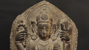 Statua raffigurante Visnu