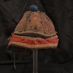 Gruppo di cinque cappelli da mandarino