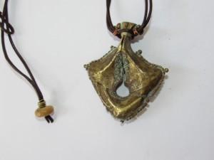 Gioiello ornamentale indonesiano (Mamuli)