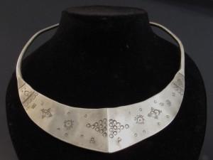 Collana girocollo in argento