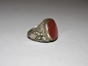 Antico anello in argento e corniola
