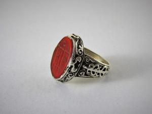 Antico anello afgano in argento e corniola