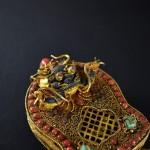 Ghau doppio in argento dorato, turchese e corallo