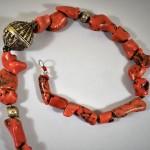Collana in corallo antico e argento