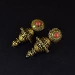 Antichi orecchini in oro massiccio e corallo - Gujarat